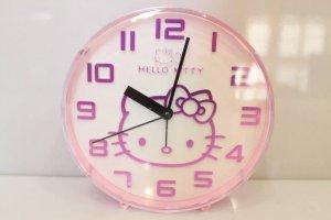 Đồng hồ để bàn hello kitty dễ thương với giá cả ưu đãi !