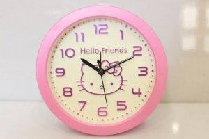 Đồng hồ để bàn hello kitty -  món quà thật ý nghĩa dành cho những người thân yêu nhất !