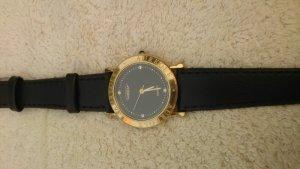 Đồng hồ Quartz Nữ Thụy Sĩ .