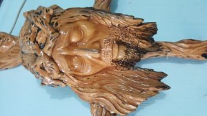 Tượng Đầu Chúa Giesu bằng gốc gỗ trai nghệ thuật
