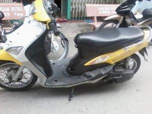 Bán xe Yamaha Mio màu vàng trắng bstp