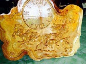 Đồng hồ gỗ lu nghiến