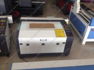 Máy lazer 6040 khắc dấu chuyên dụng