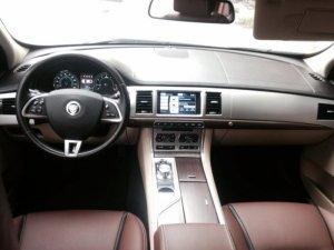 Cần bán Jaguar 2.0 XF nhập khẩu Mỹ