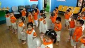 Lớp nghiệp vụ bồi dưỡng chuyên đề Dạy thể dục nhịp điệu cho trẻ mầm non