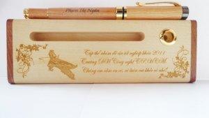 Bút gỗ khắc tên, bút gỗ khắc chữ rẻ đẹp tại tp HCM