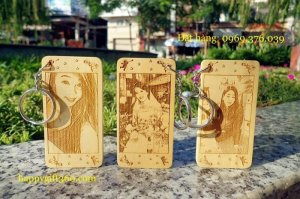Móc khóa khắc chân dung - Qùa may mắn - Happygift360