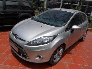 Bán Ford fiesta 1.6 AT 05 cửa sx 2012 xe chạy...