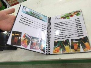 In thực đơn cho Bazan Coffee tại Quận 2, TPHCM | In thực đơn dạng cuốn đóng gáy lò xo, bìa là PP cán màng bóng bồi giấy cứng (hoặc có thể dùng format mỏng thay thế); bên trong là giấy Ford in màu ép plastic