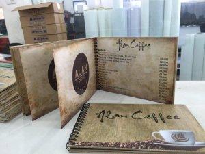 In menu cho Alan Coffee | Menu mang phong cách rất bụi, rất ngầu, góp phần xây dựng phong cách riêng biệt cho quán | Bìa ngoài là PP cán format, ruột menu bên trong là giấy cứng