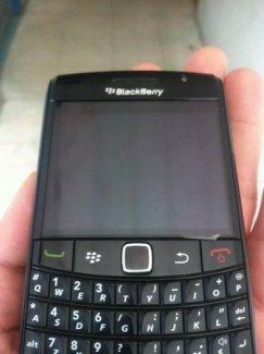 Blackberry 9780 mới 99% giá rẻ và nhiều phụ kiện cho điện thoại blackberry và các điện thoại khác