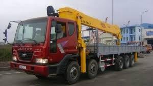 Xe tải cẩu daewoo