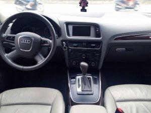 Bán xe Audi Q5 2.0T Quatro model 2011, màu xám