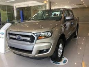 Bán xe Ford Ranger XLS 2.2L 4x2 AT mới 10 0%...