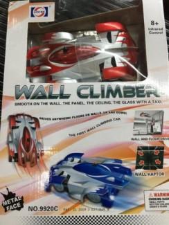 xe chạy trên tường, kính