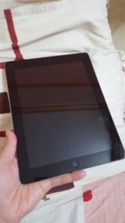 Cần bán iPad 2 wifi + 3g màu Đen 32gb máy đẹp 98%