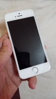 Cần bán iPhone 5s Lock Softbank 16gb màu trắng máy đẹp