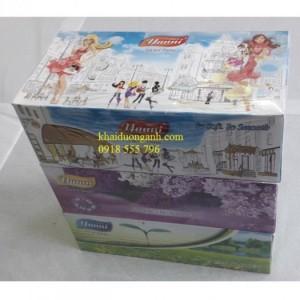 Khăn giấy hộp để bàn Yanni, Hộp 180 tờ, sử dụng rộng rãi từ nhà riêng tới các cơ quan, nhà hàng, khách sạn, resort, máy bay...Với một loại giấy đặc biệt mềm, mịn, dai, không bụi, rất tiện lợi khi sử dụng.