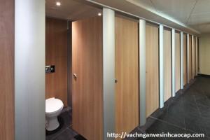 Lựa chọn vách vệ sinh chính hãng tại Hà Nội
