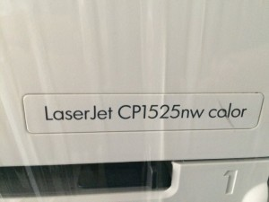 Bán máy in laser màu hp 1525nw in wifi in mạng, in màu mới 99%
