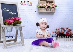 Chụp hình em bé siêu dễ thương