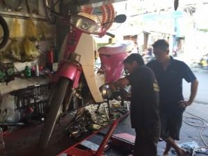 Sửa xe máy tay nghề cao , uy tin chất lượng.