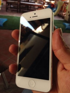 iPhone 5 quốc tế 16gb zin
