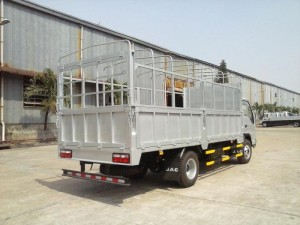 Xe tải Jac 7.25 Tấn/ xe tải JAC 7 Tấn 25 đóng sẵn thùng kín, thùng bạt giá cạnh tranh