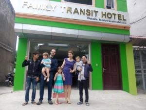 Khách sạn Familytransit - Miễn phí đón tiễn khách sân bay