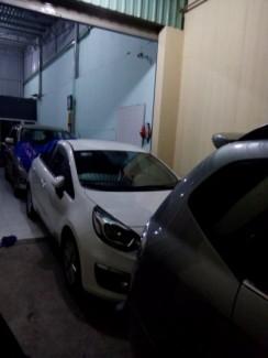 Cho thuê xe hơi 4 chỗ từ Gia Khang
