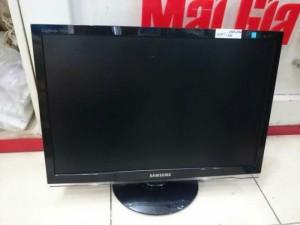 Dư vài cái LCD samsung,Dell OK+Lỗi Giá rẻ