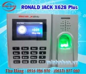 Máy chấm công Ronald jack X628 Plus lắp đặt tại Định Quán