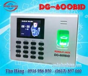Máy chấm công Đồng Nai Ronald Jack DG-600BID lắp đặt tại Định Quán