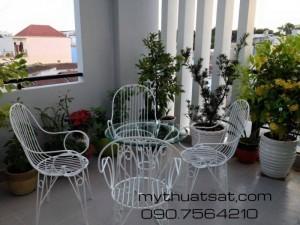 Bàn ghế càphê, bàn ghế sân vườn