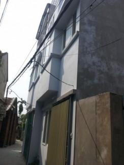 Nhà  cách  đường  Lê Trong Tấn –Hà Đông 1km, ngõ rộng 2,5m, DTSD:70m, giá700triệu