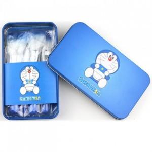 Bộ cọ trang điểm 7 cây Doraemon mini Brush Kit ⇨⇨⇨ Lẻ 120k ⇨⇨⇨ Sỉ 98k + Cọ má hồng + Cọ kem nền: Giúp bạn trang điểm nền đẹp và hoàn hảo hơn, ít bị hao kem như xài mút. + Cọ phấn mắt vừa và nhỏ + Cọ vẽ son môi. + Cọ kẻ viền mắt (hoặc vẽ bột mày). + Cọ mút tán phấn mắt (hoặc phủ nhũ kim tuyến). ✔ Đầu cọ siêu mềm mịn, dễ dàng bám phấn đều đặn, không gây tổn thương da.  ✔ Bộ cọ được đựng trong hộp nhôm nhỏ gọn, tiện lợi mang theo bên mình mọi lúc mọi nơi.  ---------------------------------------------------------------  Chuyên Sỉ & Lẻ Quần Áo - Phụ Kiện - Mỹ Phẩm Online Toàn Quốc  ✘ Liên Hệ Để Được Tư Vấn Nhiệt Tình  Zalo/Call: 01666 1521 65  Face:1. https://www.facebook.com/buononline/timeline (Page Shop)           2. https://www.facebook.com/bang.quach.71 (Băng Quách)           3. https://www.facebook.com/profile.php?id=100007191555040&fref=ts (Thiện Nghi)  Chính Sách Sỉ & Lẻ Cực Cool, Nhiều Ưu đãi            ✘ Mặt hàng Đa Dạng - Chính Hãng Zin - Chất Lượng.