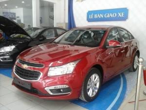 Bán Chevrolet Cruze hỗ trợ vay vốn ngân...