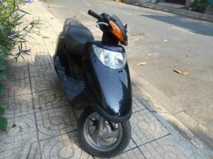 Spacy Honda 100cc của Nhật, xe màu đen,