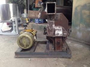 - Công suất: 100 kg/h