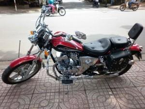 Moto Rebel 125cc, màu đỏ đen,
