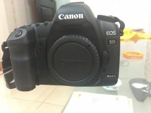 Mất Sạc Hận Thanh Lý Lun Canon 5D Max ii