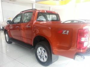 Bán tải Mỹ giá Việt Nam, Chevrolet Colorado 2.8 AT nhanh tay gọi ngay để nhận được giá tốt
