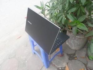 Samsung NP300V4z, intel core i3 2350, máy...