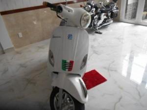 Vespa Piaggio LX HQ ld ý 124cc nhập khẩu ,dk 2012,màu trắng