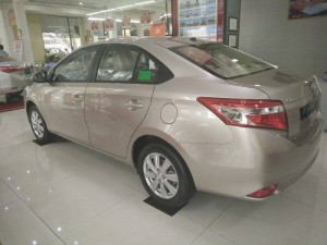 Toyota Vios 2016 mới 100% xe giao ngay