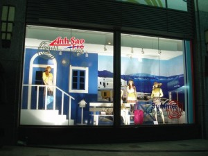 Báo giá thiết kế, thi công showroom quảng cáo