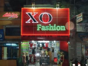 Thi công trang trí shop thời trang