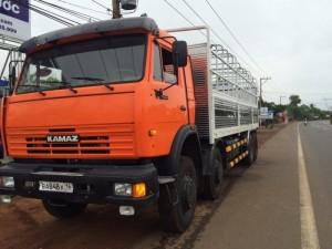 tải thùng kamaz 19.3 tấn, 4 giò, nhập nguyên con.
