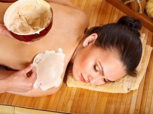 Tắm trắng toàn thân an toàn hiệu quả nhất