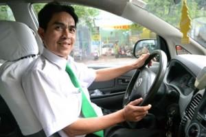 Tuyển lái xe taxi từ bằng B2